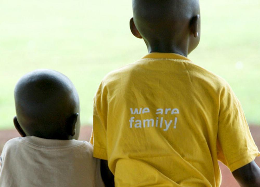 kids of africa: hilfe für waisenkinder in uganda