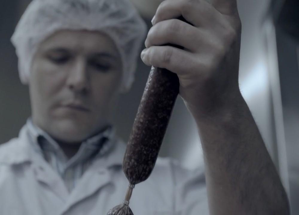 rudolf schär: fleisch- und wurstspezialitäten filmisch neu verpackt.
