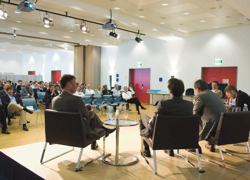 «power of strategy» bei credit suisse: von den besten lernen, mit den besten diskutieren